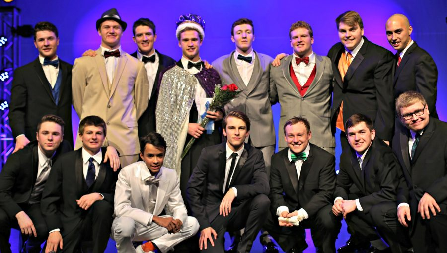 First Row: Jack Gille, Clayton Lisowski, Johnny Santaga, Nate Ihlendeldt, Steven  Lovell, Andrew Zipp, Jack Mickelson and Jacob Rose Second Row: Charlie Urick, Steven Gerbers, Ish Nur, Ben Richards, Danny Stewart, Ryan O'Connell and Daniel Patz