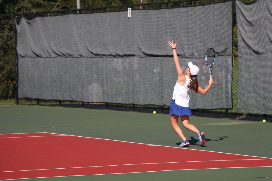 Tennis%2C+Tech+Keep+Olles+Active%2C+Happy