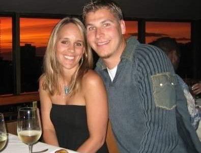 Cheerleader + Marine = Bialk Marriage, Love Story