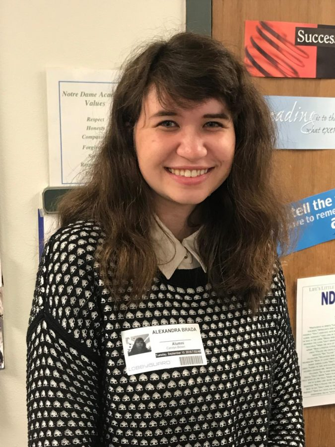 Alum Lexi Brada Returns to Do Practicum in English Classes