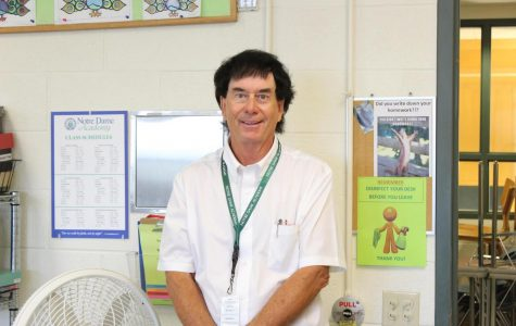Michael Smits Brings Experience, Enthusiasm to Chemistry Classrooms