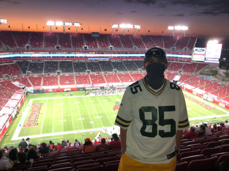 Bonadonna+Attends+Packers%2FBuccaneers+Game+in+Tampa+Bay