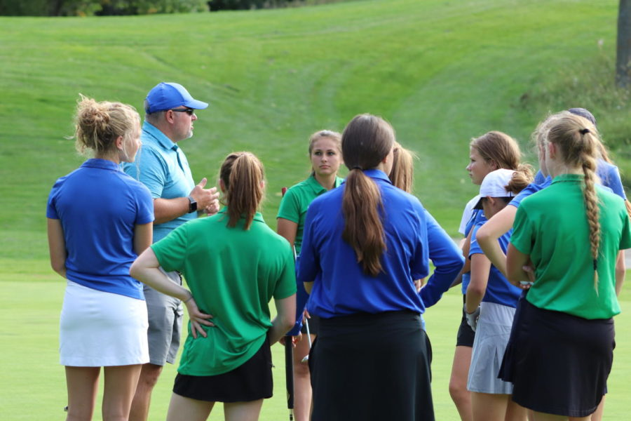 Girls Golf Team Finishes Second in Conference Championship